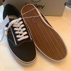 Hurley men's black size 11 new in box Arlo style
